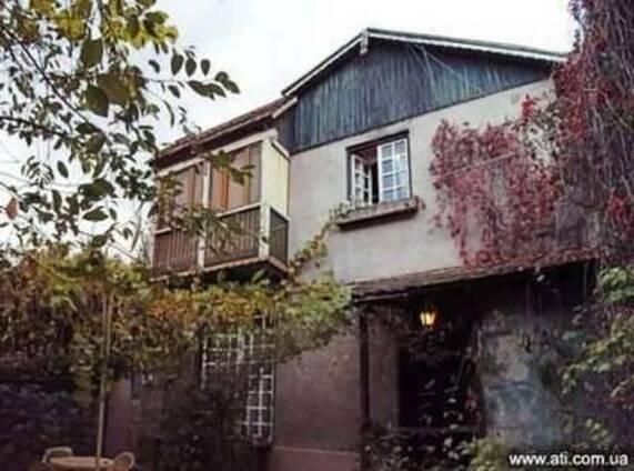 2-х этажное домовладение в городе Дилижан