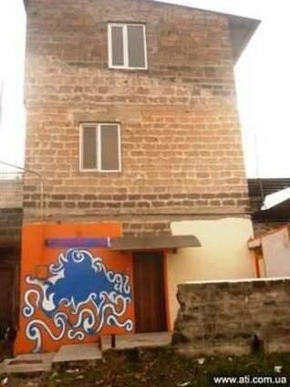 Продается 3-х эт. ,5-и ком.е дом в районе Шенгавит