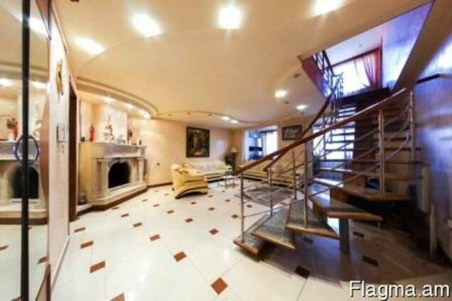 2- этажная шикарная квартира в центре Еревана