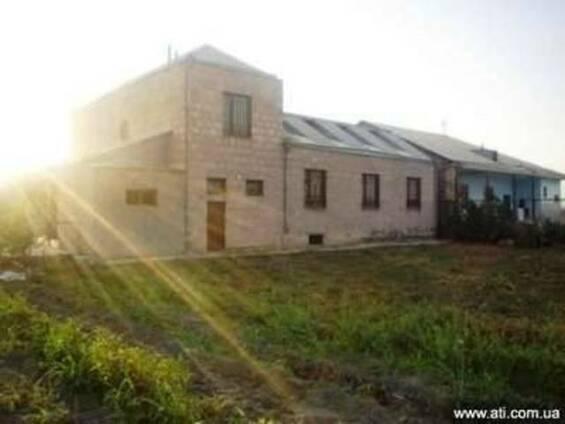2-х этажное домовладение в поселке Тароник