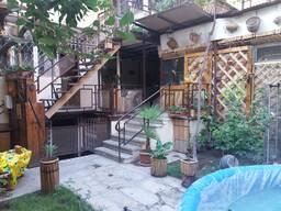 2-х этажный дом в районе Арабкир