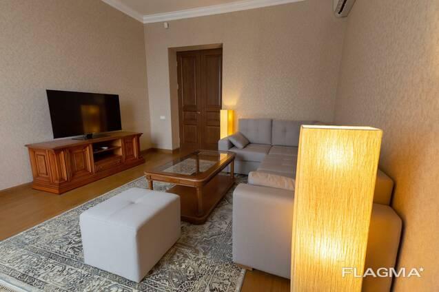 2-х комнатная квартира у каскада, улица Исаакяна