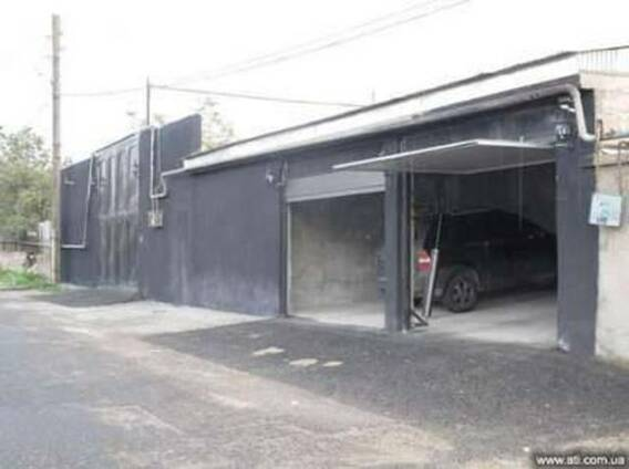 Продается 2-х этажное домовладение в с. Птгни