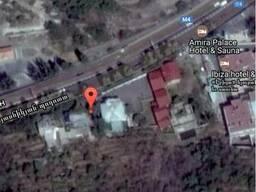 Срочно продается дом c участком для бизнеса в центре Еревана