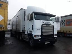 Тягач Freightliner