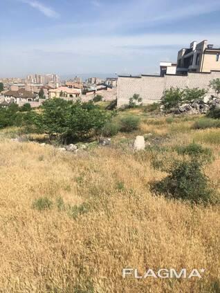 Земельный участок в районе Канакер-Зейтун, у монумента